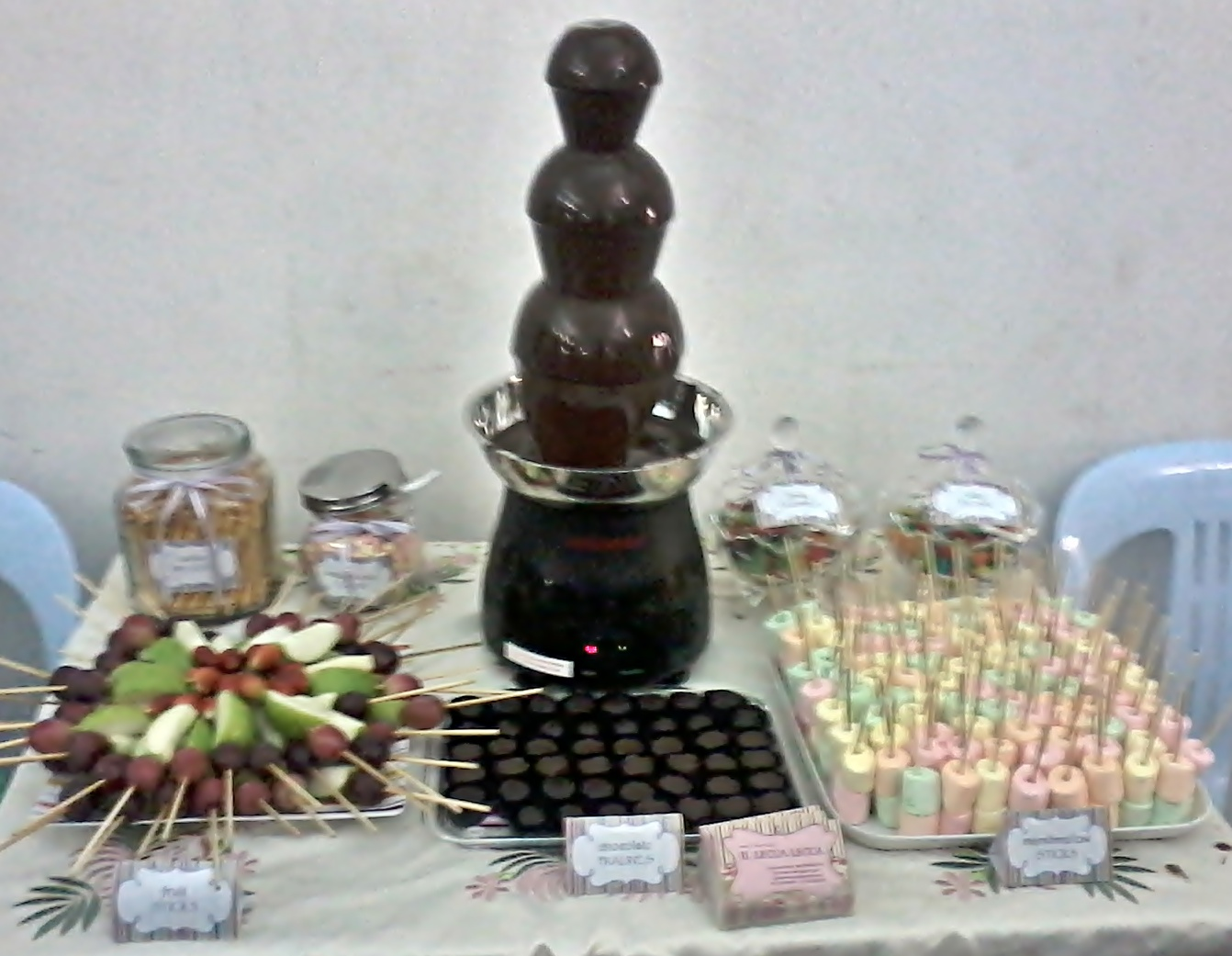 chocolate fountain table simple