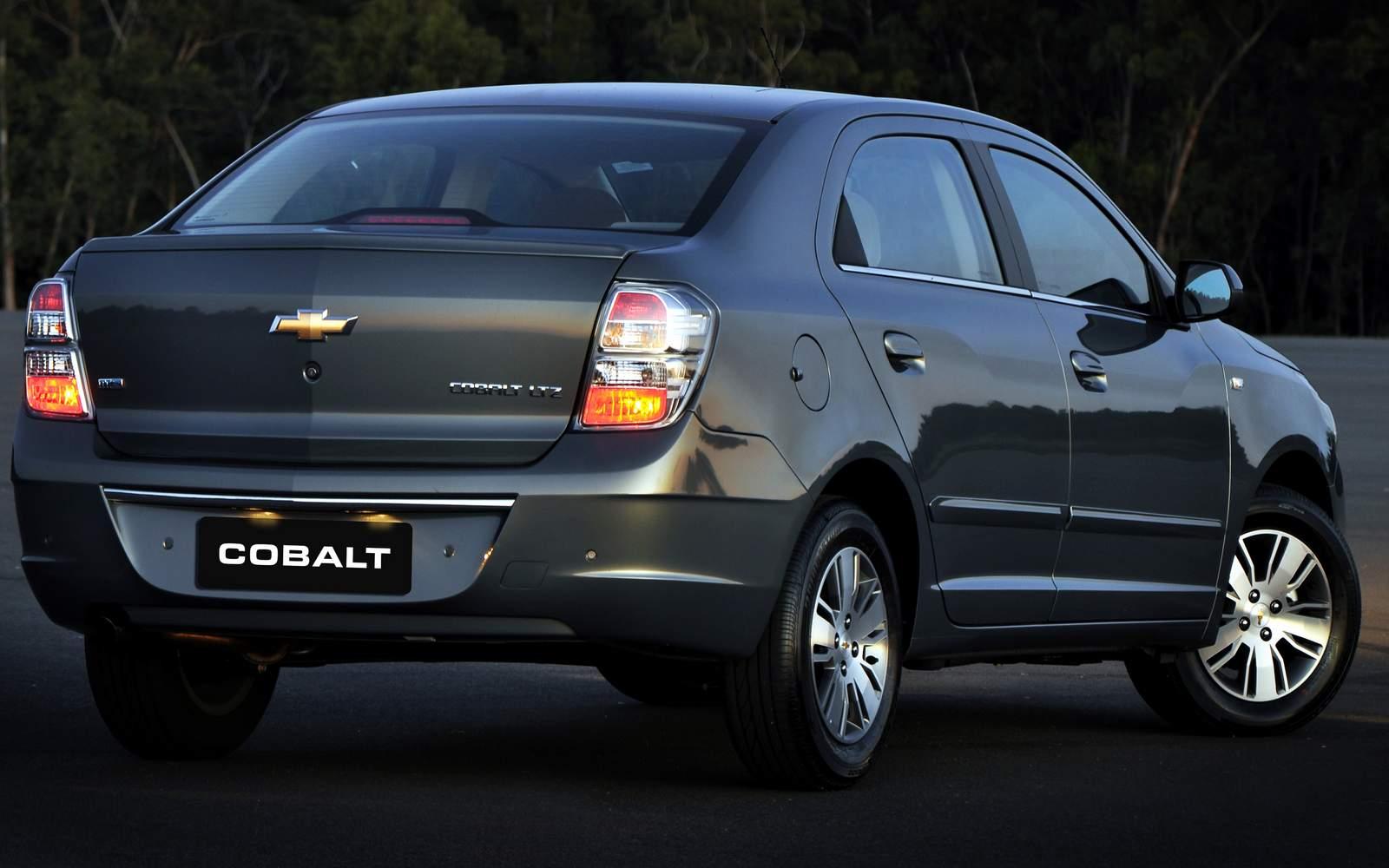 Novo chevrolet cobalt 1 8 ltz traseira automatico