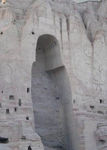 http://4.bp.blogspot.com/-zneiURH2jDE/UIfm_-FwTRI/AAAAAAAACsI/0ByxhfnVKKs/s640/Budaya+Lansekap+dan+Peninggalan+Arkeologi+di+Lembah+Bamiyan.jpg