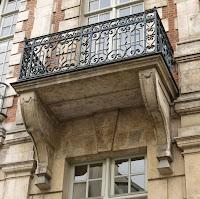 Balcon de l'hôtel de Mayenne