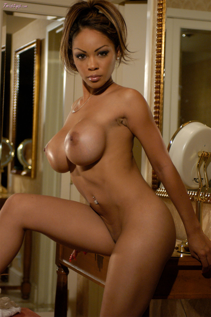 Naked boobs and pussy light skin