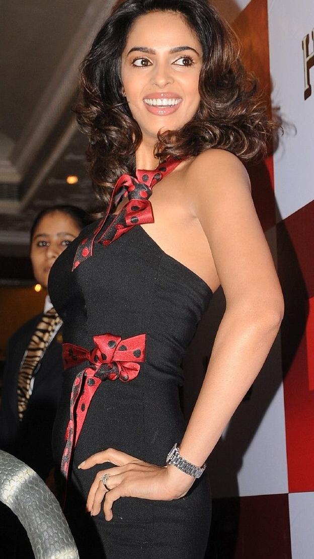 Mallika sherawat actress realize