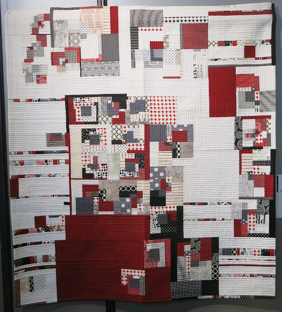 Carrefour Européen du Patchwork 2015 - Red Block Composition by Sunghye Byun