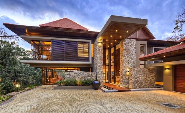 Desain Rumah Mewah dengan Kolam Renang