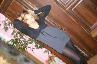 Hot Naked Girl - rs-608922828-760108.jpg