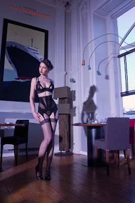 Photo réalisée par Nath-Sakura pour le catalogue de Patrice Catanzaro, coiffure et maquillage par Eddy pour le Studio 54, salon de coiffure à Montpellier.