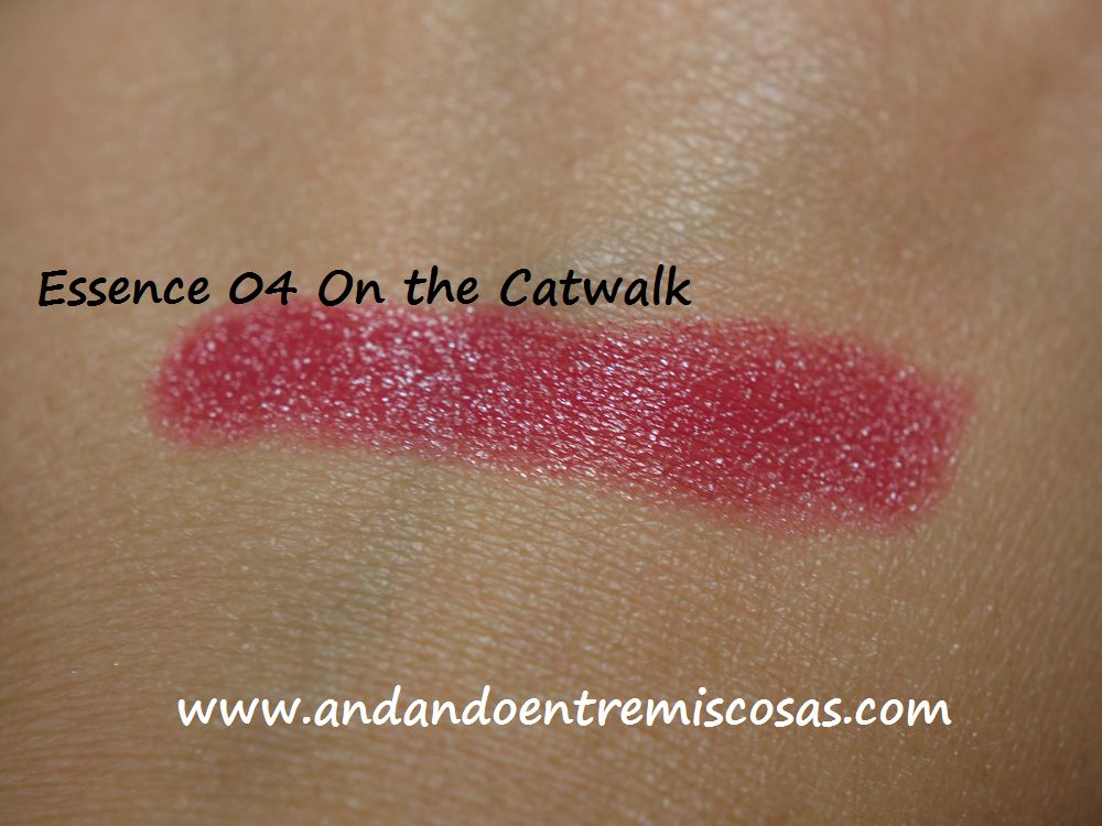 Labial Essence, 04 On the Catwalk, Swatch