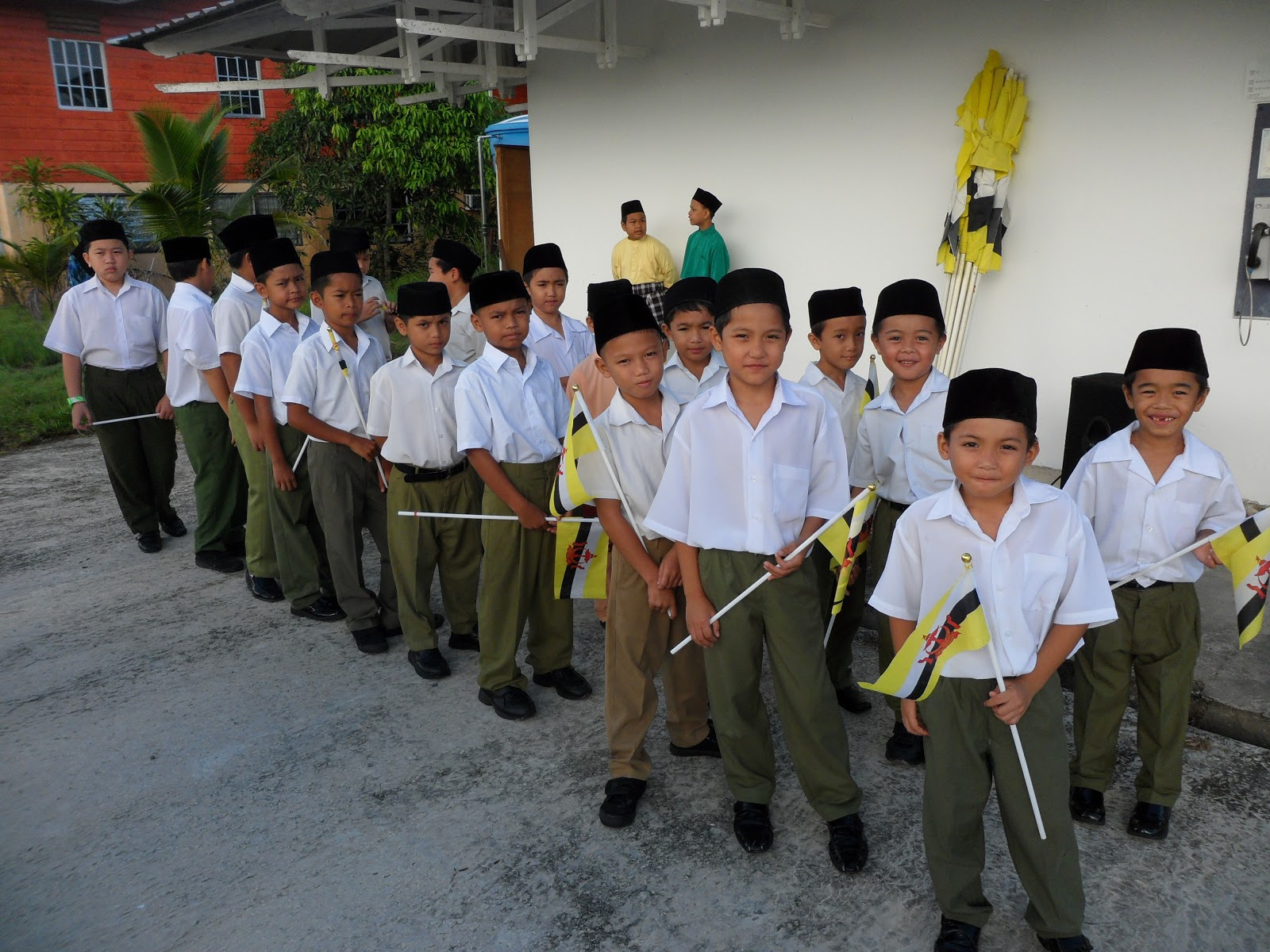 Hari kebangsaan negara brunei darussalam keli ke 29 tahun 2013