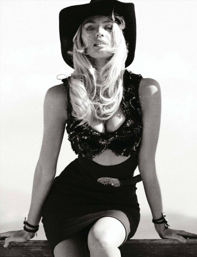 Candice Swanepoel en Vogue Magazine