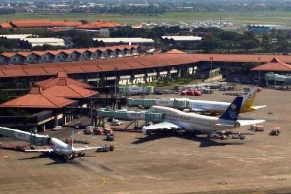 Bandara Soekarno-Hatta, Cengkareng. ZonaAero