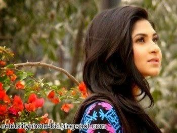 Bangladeshi+model+and+actress+Orchita+Sporshia's+Hot+Photos006