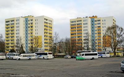 http://fotobabij.blogspot.com/2015/12/puawy-wiezowce-przy-ul-wojska-polskiego_18.html