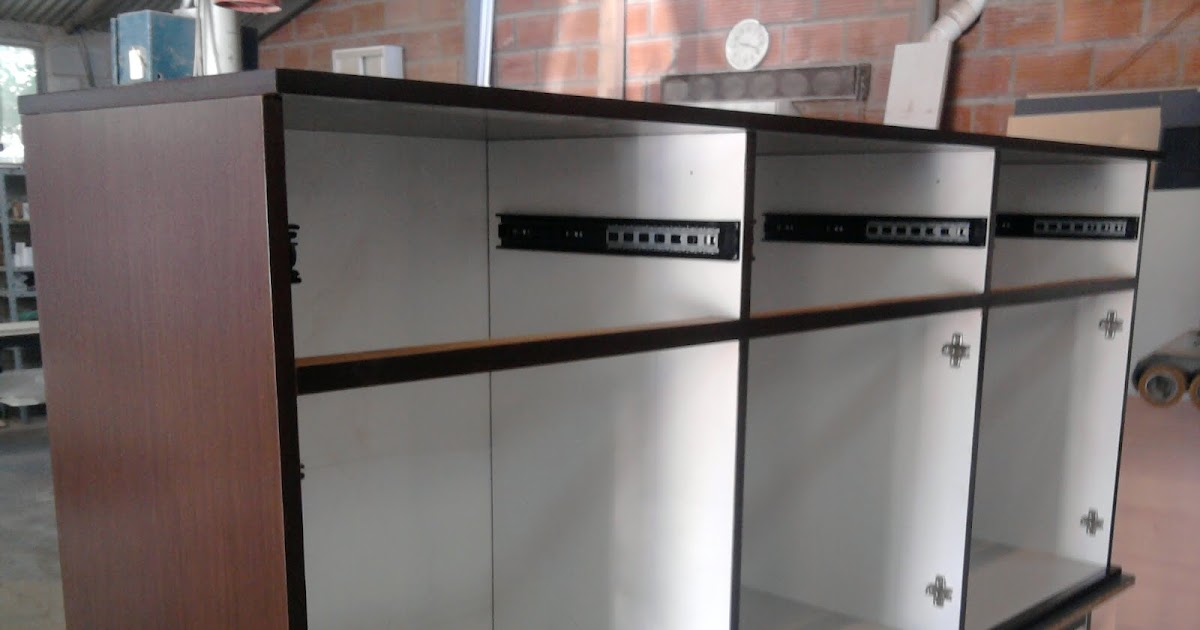 R a ch mobiliario para oficinas mueble en madera for Oficinas de american express