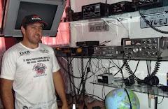 PY4EJ EDINHO em sua estação com o IC-718