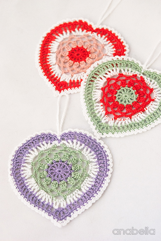 Fantasy crochet lace heart motif by Anabelia