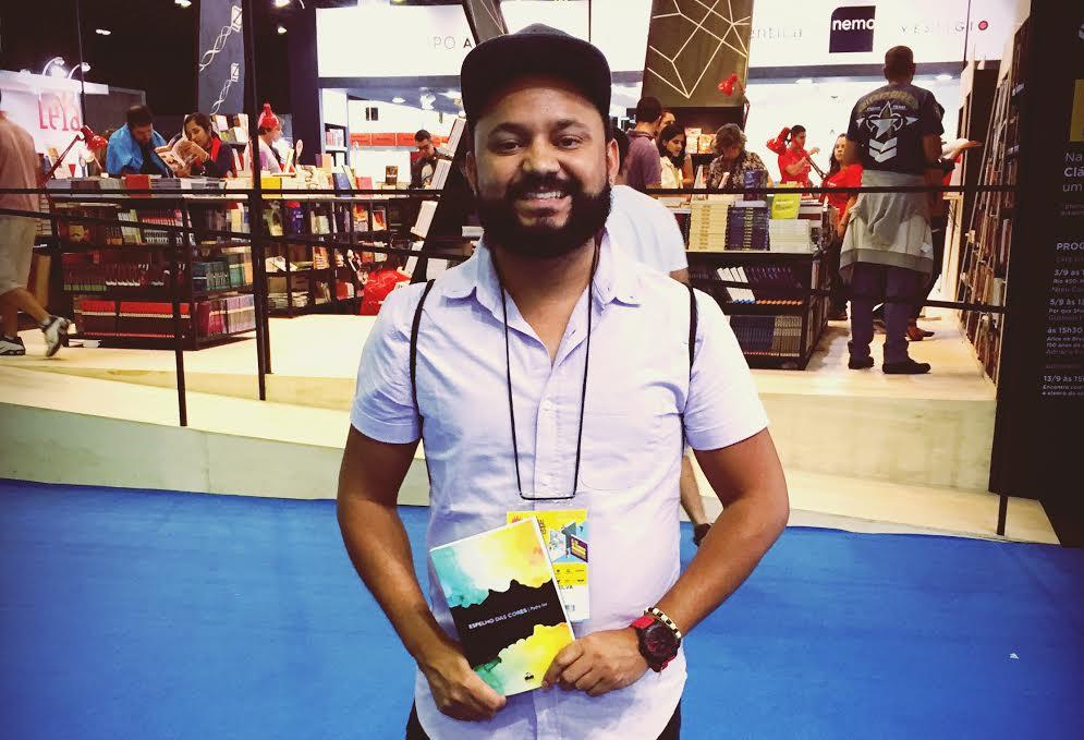 A obra já foi lançada no Rio de Janeiro na Bienal do Livro, Anápolis (GO) na Universidade Estadual de Goiás e em Brasília na Livraria Cultura.