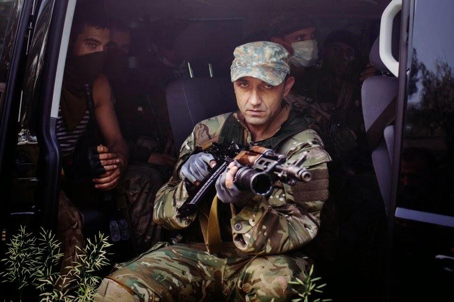 Валят на Украину из российских дыр, ползут на войну, как тараканы, из самых грязных углов