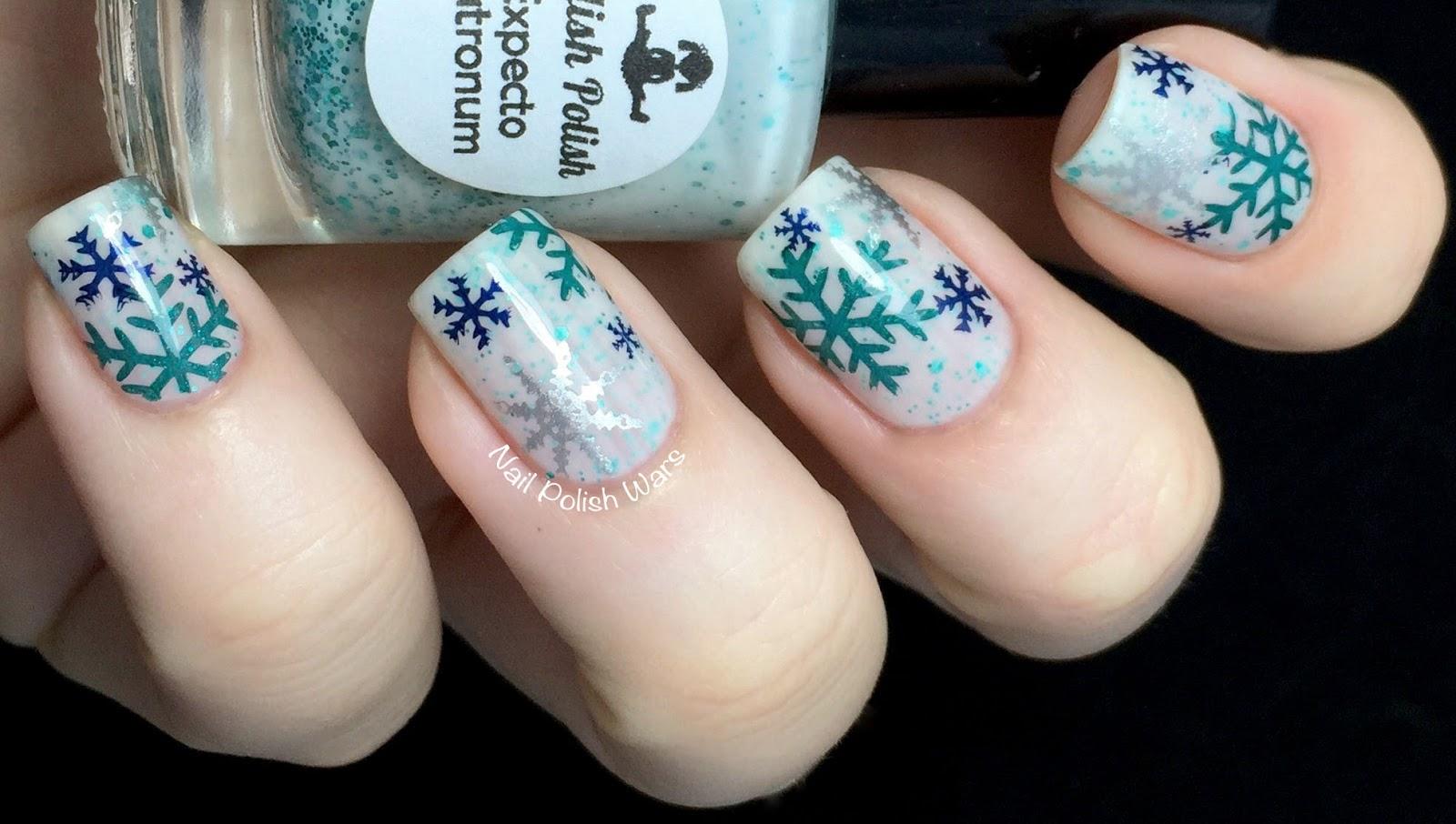 Snow flake mani