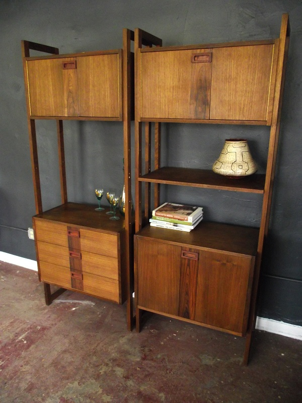 vintage ground danish modern mid century shelving unit. Black Bedroom Furniture Sets. Home Design Ideas