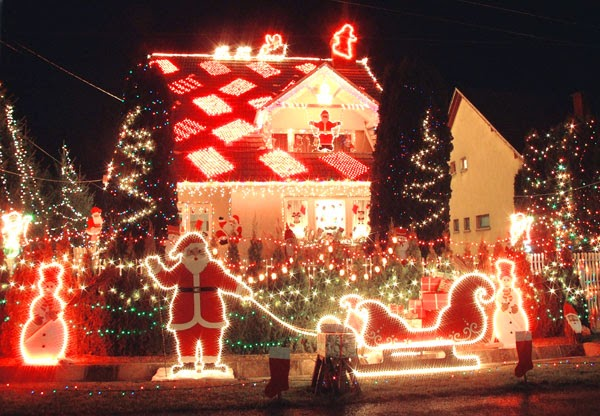 a brief history of christmas lights