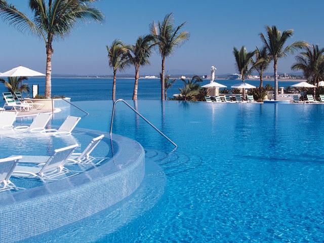 Luxury life design beautiful pools for Life of pi swimming pool
