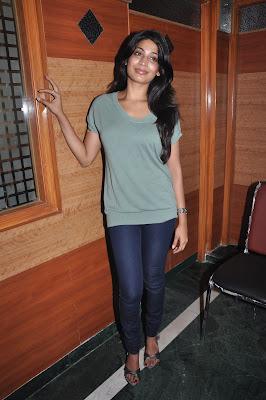 vijayalakshmi @ vana yuddham press meet glamour  images