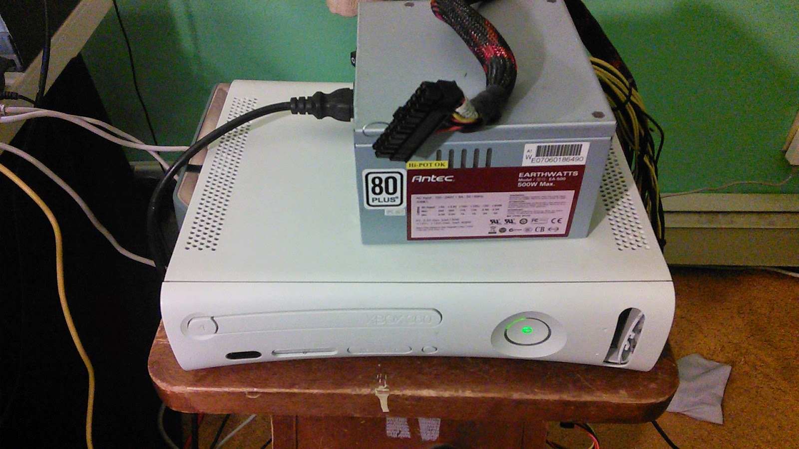 Wired a ATX Power Supply to a Xbox 360 | Realm of Espionage