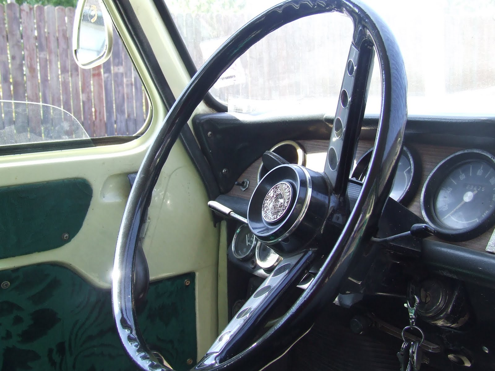 Below are some photos of this  Dacia 1100 Interior