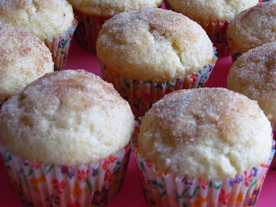 Maple Filled Doughnut Muffins