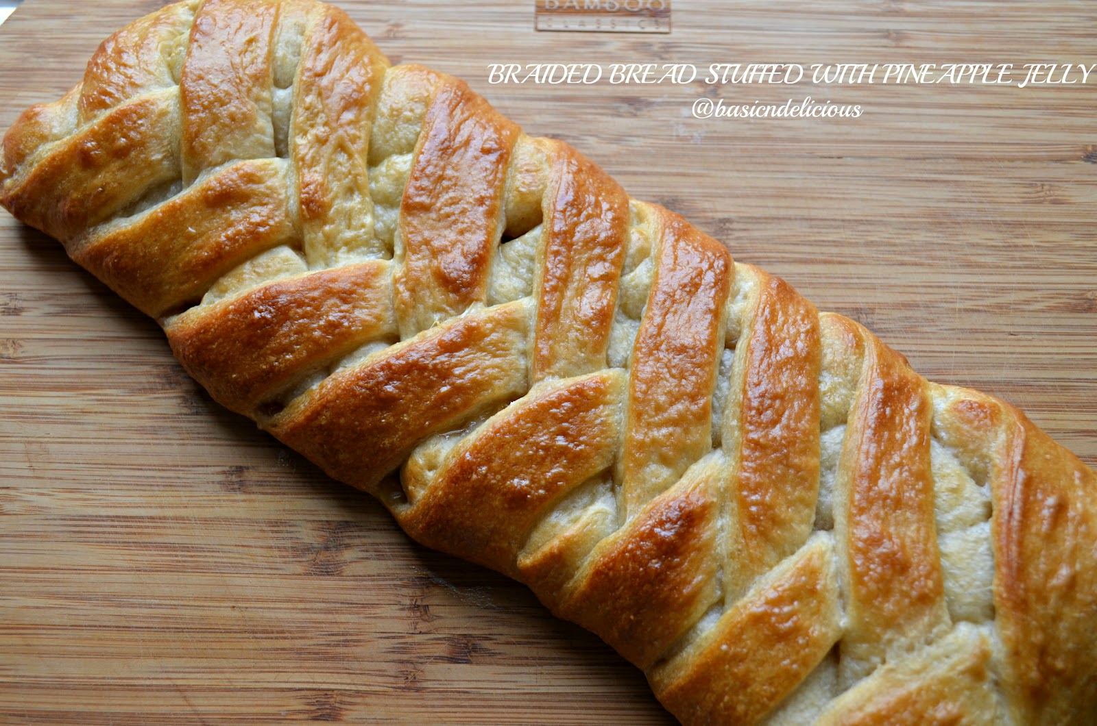 variety of bread that exists, I personally love this braided bread ...