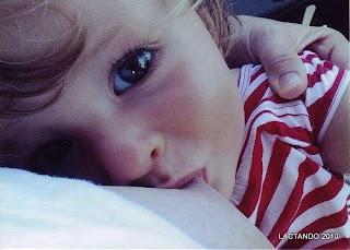 http://criandomultiples.blogspot.com crianza múltiple, mellizos, gemelos, lactancia