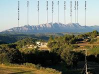Montserrat des del mirador del carrer Manresa