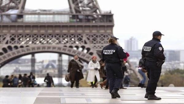 """Interrogan a niño de ocho años por """"apología de terrorismo"""""""