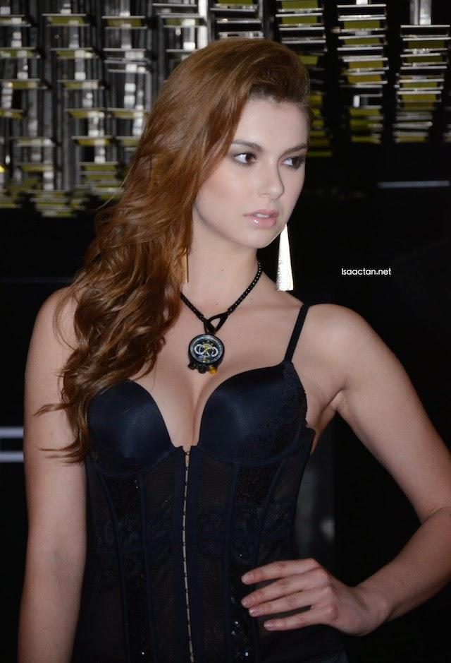 Pretty model #3