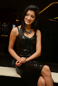 Richa panai latest glam pics-thumbnail-9