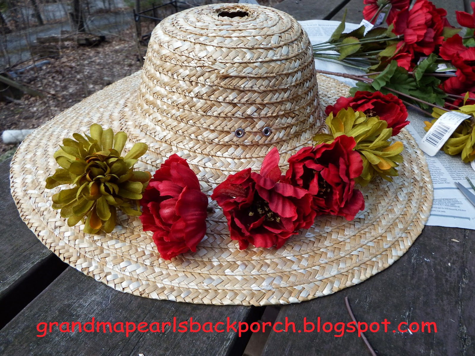 Grandma Pearls Backporch Easy Straw Hat Bird House
