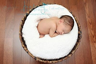 Newborn Photographers in Winston Salem | Newborn Photography in Winston Salem