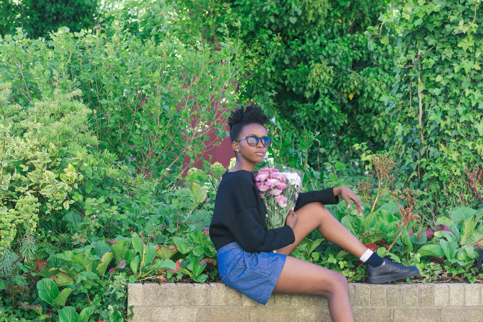 Zara Neoprene Jumper, Urban Outfitters Shorts, Nike Air Force 1,