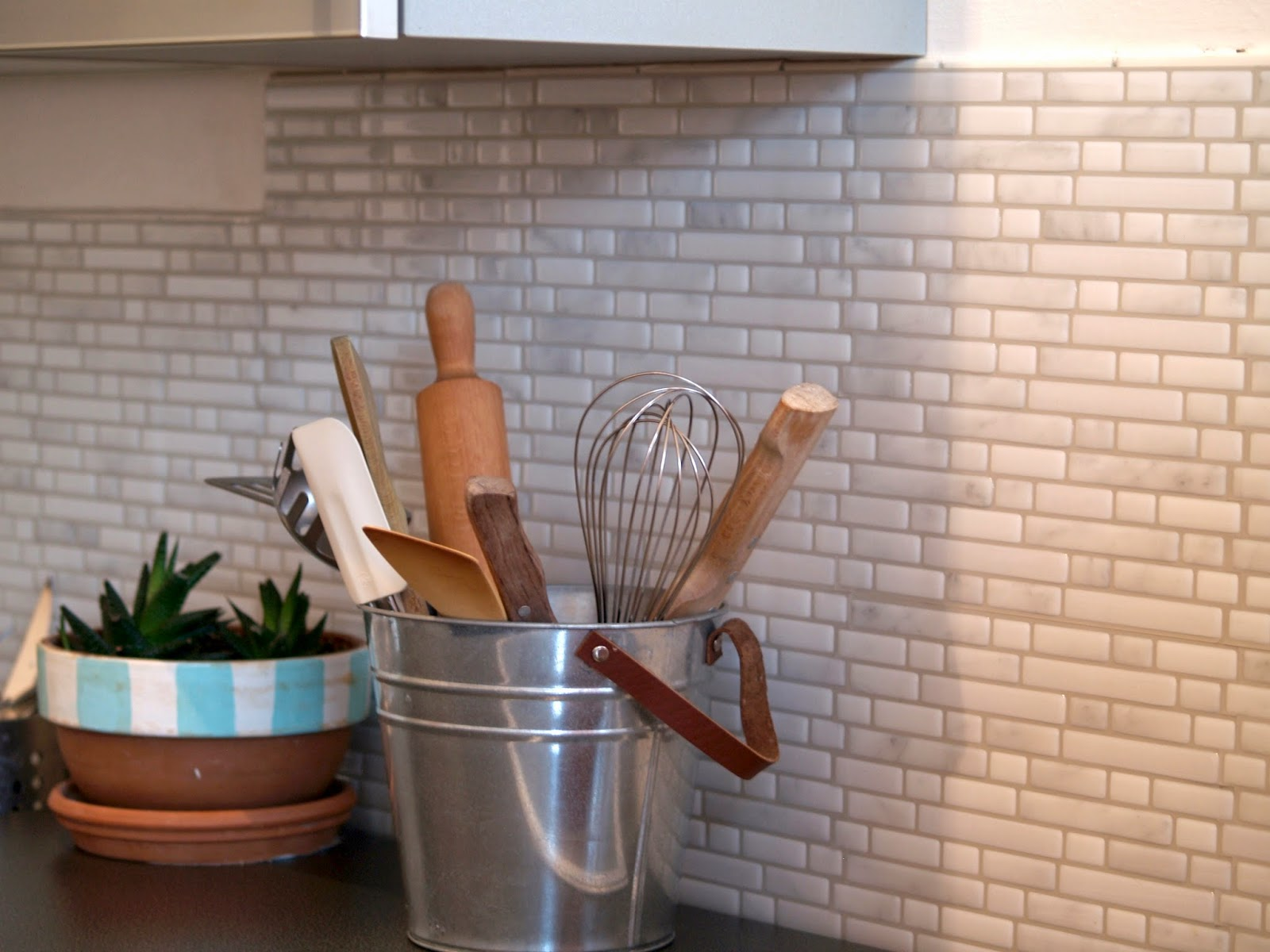 Carrelage cuisine mural adhesif - Carrelage adhesif folii ...
