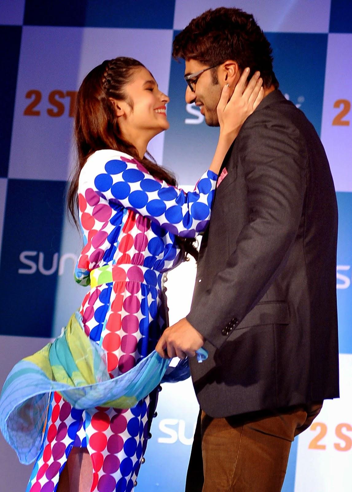 Actress, Alia and Arjun Love Affair, Alia Bhatt, Alia Bhatt and Arjun Kapoor, Arjun Kapoor, Bollywood, Daughter, Film 2014, Karan Johar, Kissing Scenes, Love Affair, Mahesh Bhatt, Movies, Two States,