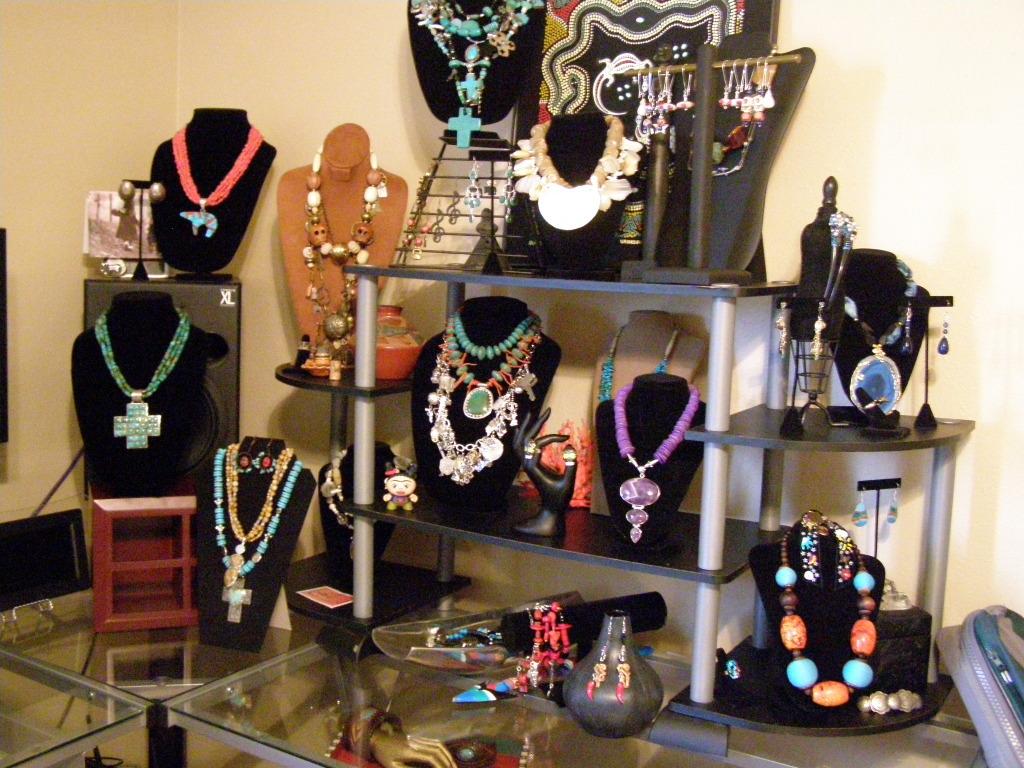La luna ranchwear display ideas jewelry show ideas for Craft show jewelry display