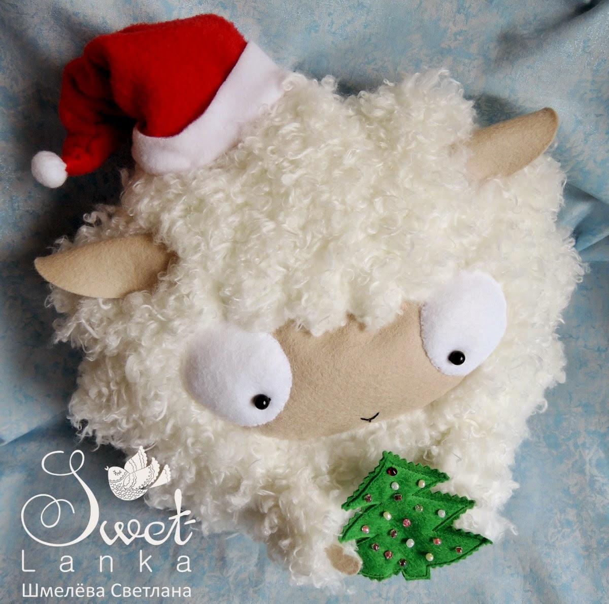овечка на новый год