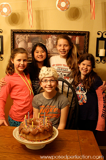 "Stressed out about planning your tween's birthday party? These 10 tips will help you plan a super fun ""unslumber"" party for your tween."