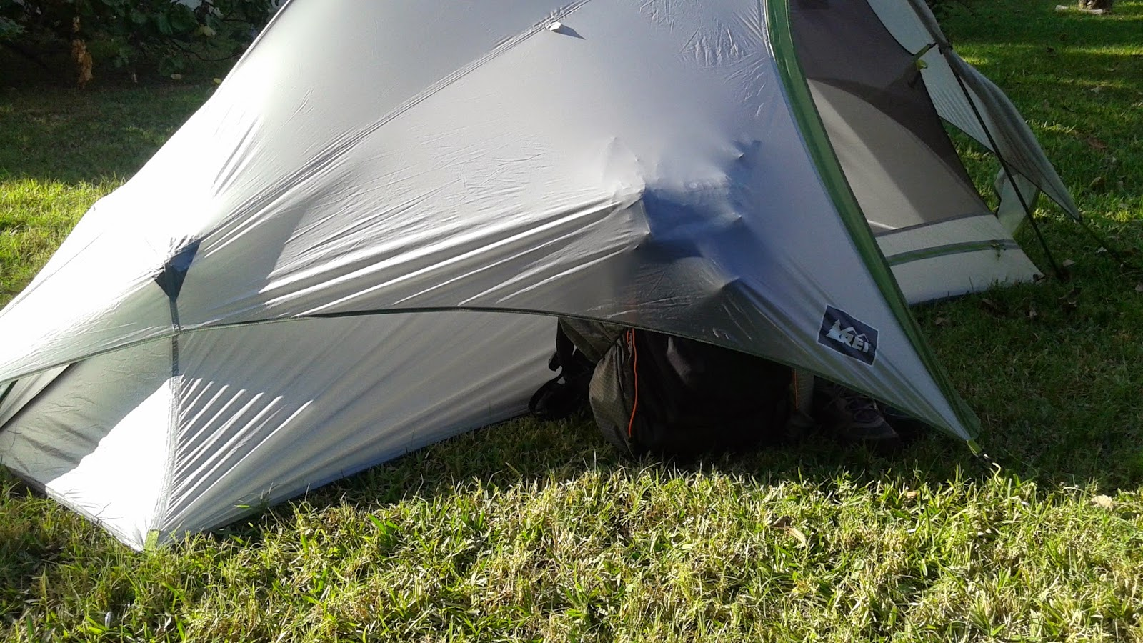 REI Dash 2 Tent with pack and shoes exposed under rain fly. & Packman - Raised by Raccoons: REI DASH 2 TENT REVIEW u0026 MODIFICATION