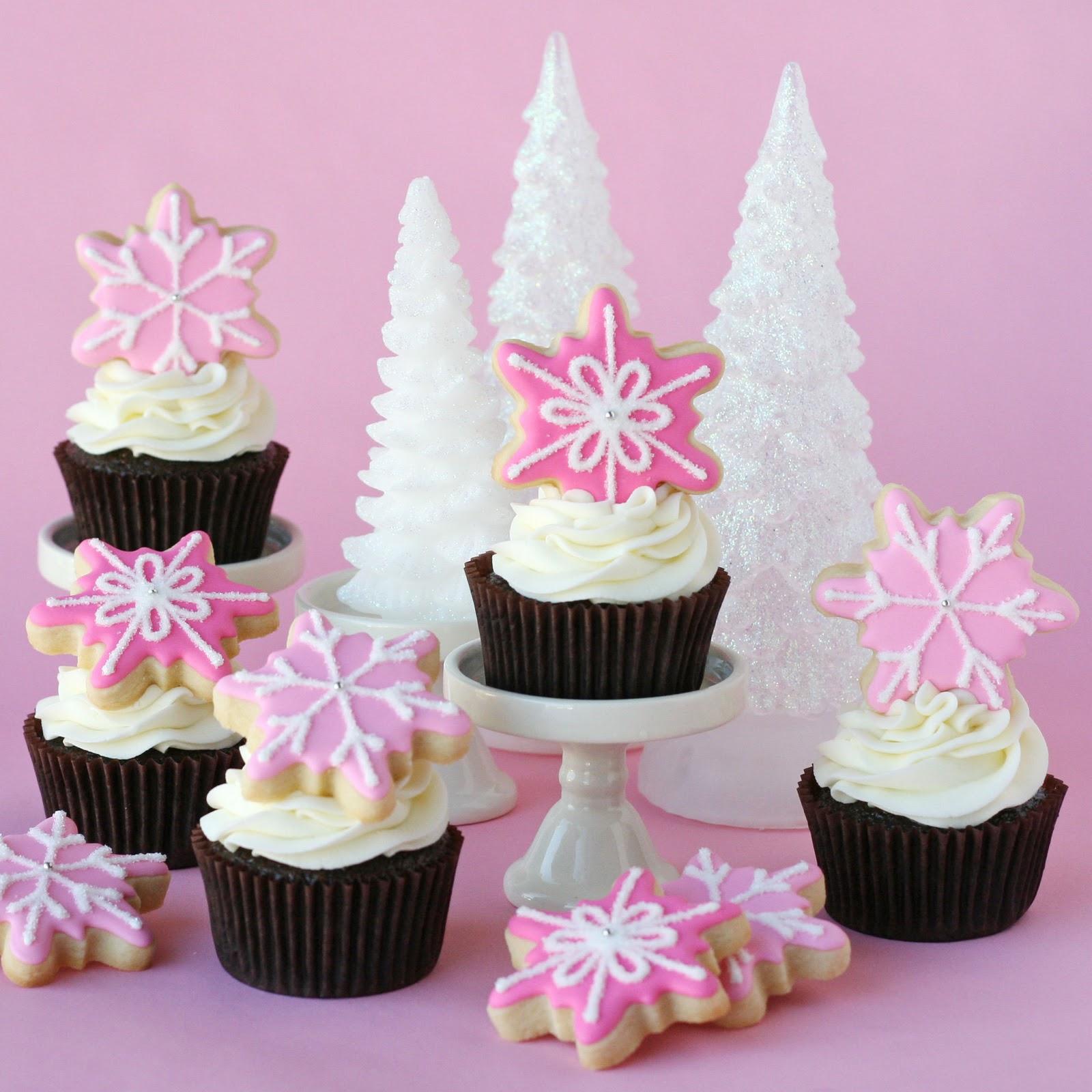 Pink Snowflake Cupcakes » Glorious Treats