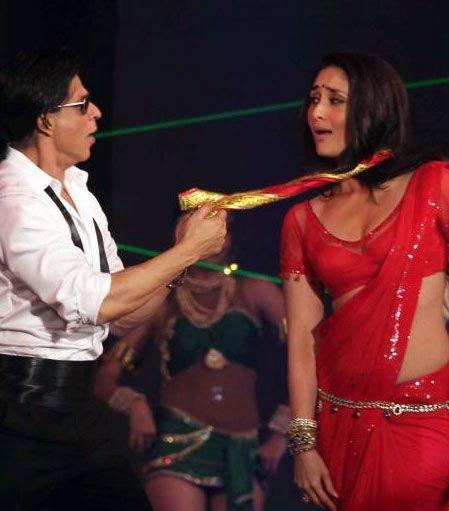 Bollywood Sheet Music September 2011: BOLLYWOOD CELEBUZZ: Shahrukh, Kareena Sizzling Performance