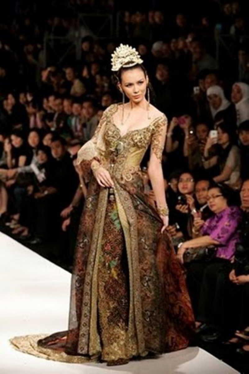 Model Kebaya Pengantin Ivan Gunawan