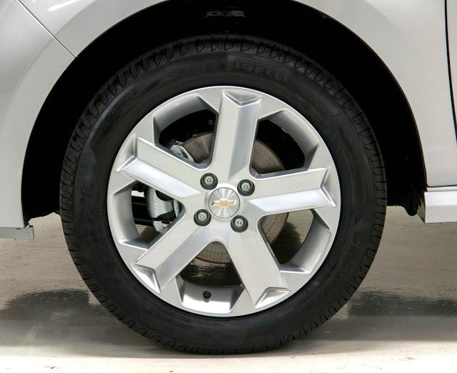 Nova Chevrolet Montana 2014