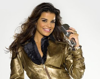 Fotos da Mari Antunes - Nova vocalista do Babado novo 5