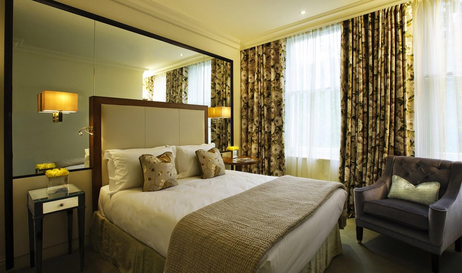 Modern Bedroom Interior Design Ideas #4
